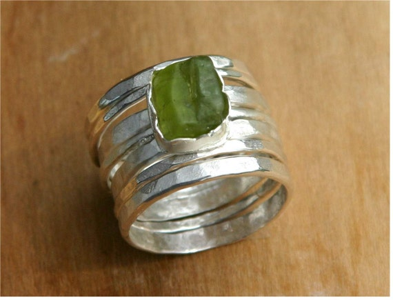 Raw peridot sterling stacking rings - US Size 7 1/2