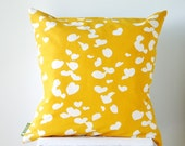 18x18 inches / 45x45 cm Cushion Cover in Dandelion Katsura
