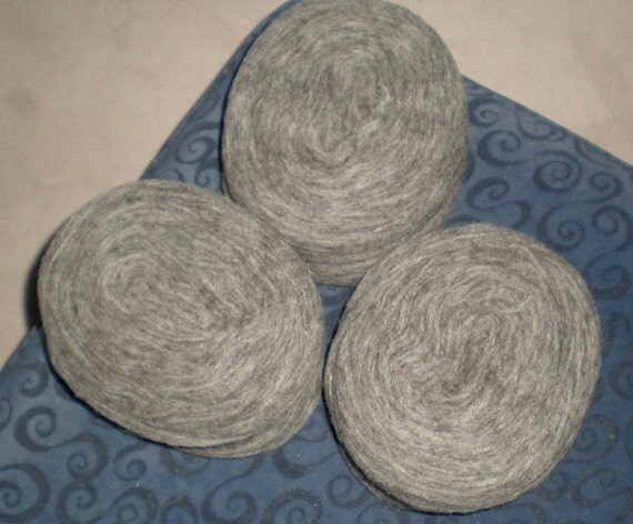Knitting Supplies Canada : Canadian wool for cowichan style sweaters natural colors