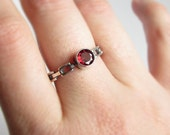 Garnet Solitaire size 9.25 Link Band