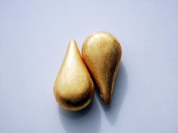 One Pair, 24kt karat Gold Vermeil Drop Briolettes, 17.5 x 9 MM