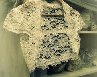 Romantica Lace Bridal Shrug - Vintage Inspired Wedding Lace Bolero in Ivory