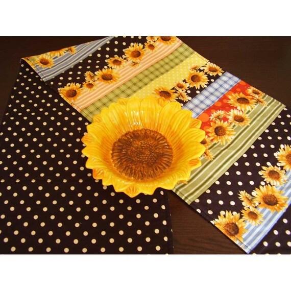 Sunflower Table Runner, Polka Dot Table Runner