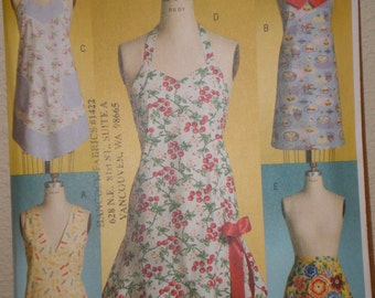 Butterick 4945 Aprons Multi Sizes XY Sm Med Lg Unused Uncut Vintage Look