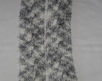 Black and White Angel Hair Cabled Knit Scarf 4.5 x 69