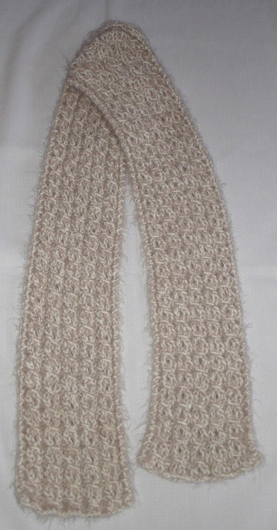 Beige Angel Hair Yarn-Over Cable Knit Scarf 5x63