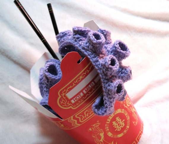 Take Out Tentacle Scarf in Lilac