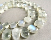 DANCIN' IN THE MOONLIGHT - moonstone and sterling silver necklace