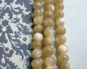 Mother of Pearl Beads 4mm - 5mm Round