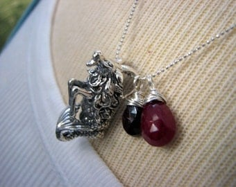 Capricorn Zodiac Horoscope Necklace Sterling Silver Charm Garnets Rubies Gemstones Gift Girlfriend Wife Mother Daughter Sister