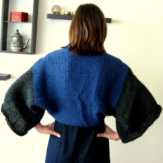 WINTER SKY SHRUG - deliciously cozy oversized sweater - one size fits many - convertable