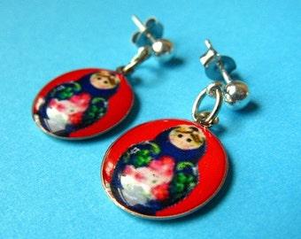 Matryoshka Dangle Studs - Russian Doll Earposts - Red