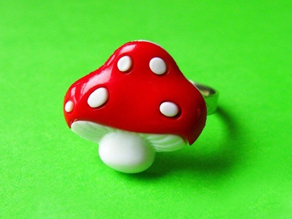 Classic Mushroom Ring - Adjustable - Red and White Toadstool