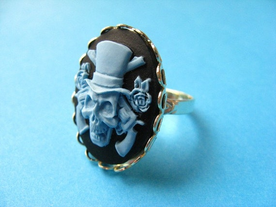 Glamour Skull Cameo Ring - Blue and Black Vintage Style Adjustable Ring