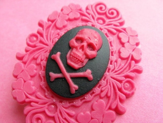 Pink Framed Skull Brooch - Cameo Pin - Pink and Black