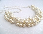 Set of 5 Bridesmaids Ivory Pearl Beaded Necklace, Bridal Jewelry, Cluster Necklace, Chunky Necklace, Bridesmaid Gift, Pearl and Crystals