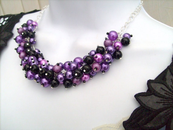 Purple and Black Beaded Necklace, Purple Bridesmaid Jewelry, Cluster Necklace, Chunky Necklace, Bridesmaid Gift, Bridesmaid Necklace
