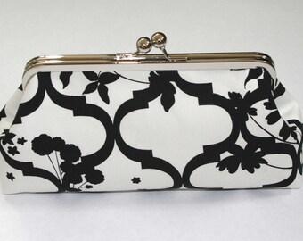 Elegant Black and Ivory Bridesmaid Clutch Purse