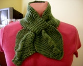 The Cable Sleeve Scarf  heather green 12 - 40