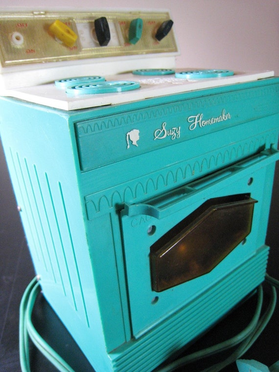 1968 Suzy Homemaker Oven