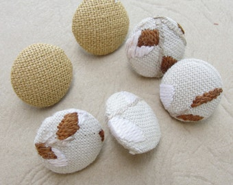 Fabric Covered Buttons -Hand Embroidered Linen  - 6pc