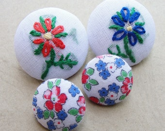 Fabric Covered Buttons - Hand Embroidered Vintage Cotton - 4pc