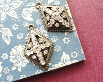 Brass and rhinestones charms (2pc)