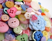 SPECIAL OFFER 100g Pretty Popsicle Button Bag  x  mixed colours and sizes