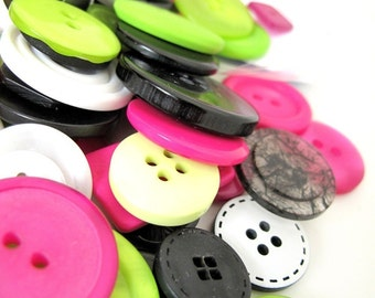 Mama loves Disco x 100g mixed buttons