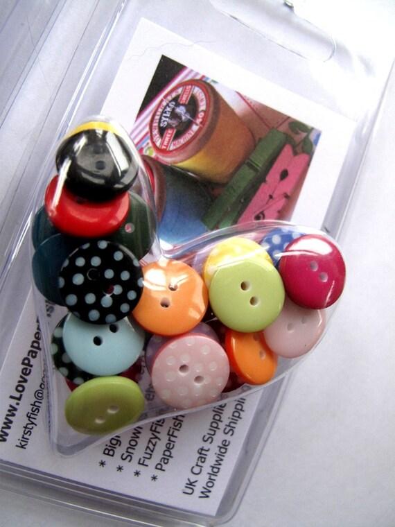 i heart little polka pairs x26 button box