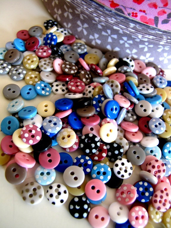 Spotty Buttons Tiny VINTAGE BUGS Bag x240 mixed colours