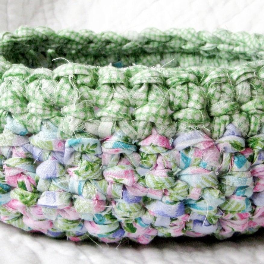 Green Gingham Picnic Rag Basket Crochet Fabric Strips Easter