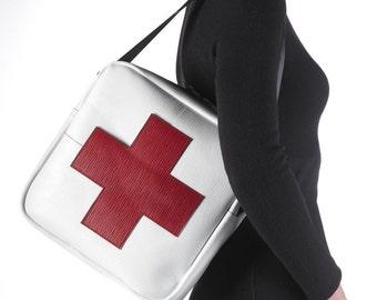 Red Cross Flight Bag (number 00055)