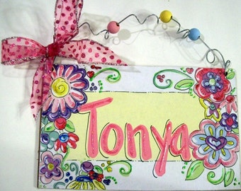Hand personalized flower girly room name sign
