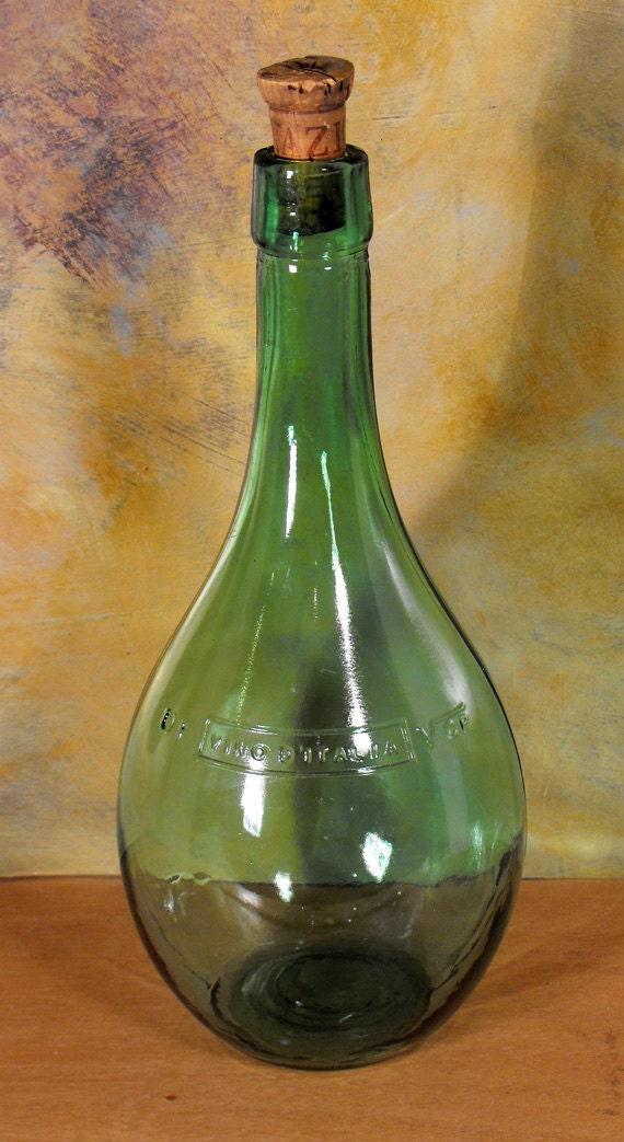 Vintage green glass vino d italia wine bottle and cork italy for Green glass wine bottles