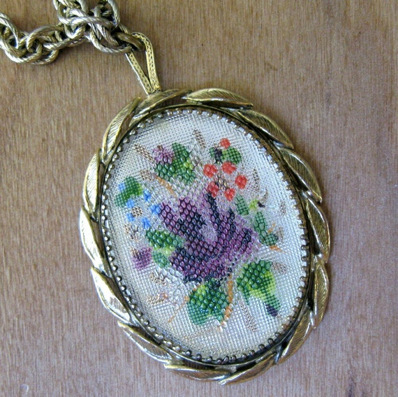 Vintage Floral Necklace Bouquet Faux Embroidery in Gold by Whiting and Davis