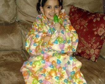 Sew Ez PDF Sewing Instructions Pattern To Make CHILD SIZE Snuggly Fleece Blankets With Sleeves