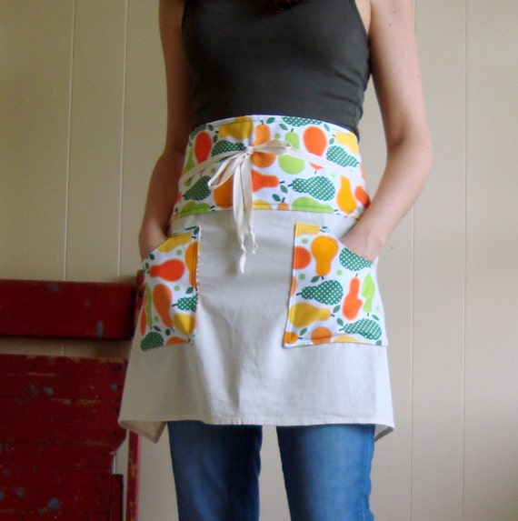 Metro Market Pears in Summer Cafe Apron