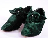 Vintage 1980s Kelly Green Velvet Shoes / Pixie Christmas / us 6 / eur 36