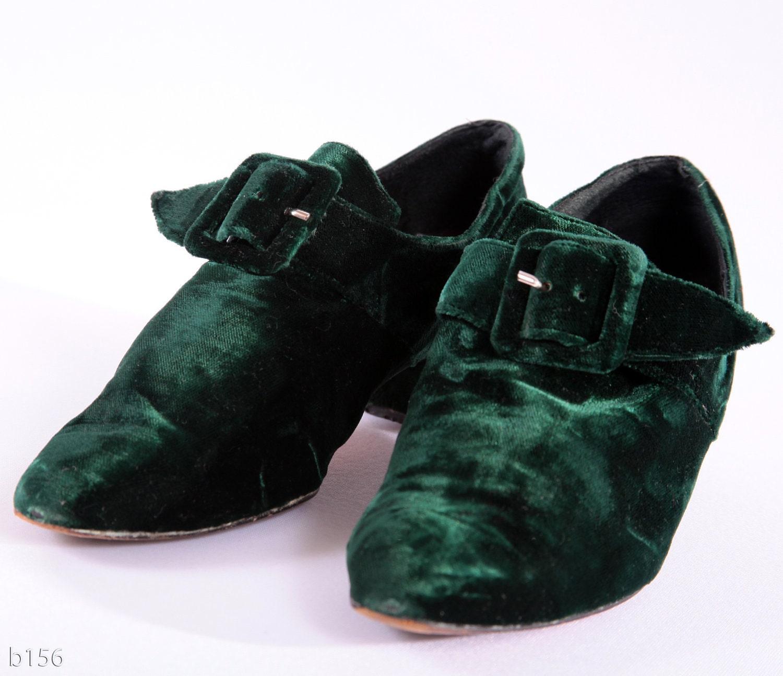 Vintage 1980s Kelly Green Velvet Shoes Pixie Christmas Us