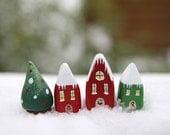 Christmas Village - 3 houses and a Christmas tree