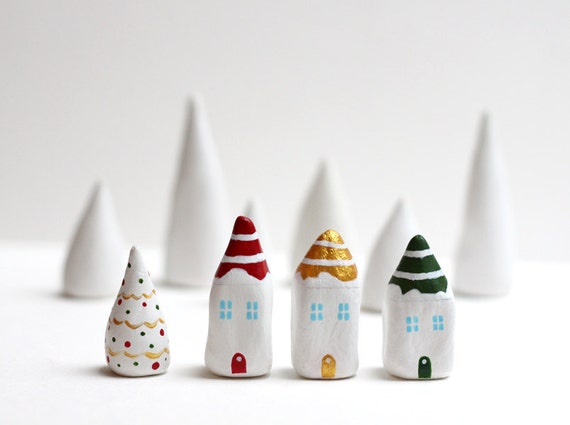 Christmas clay houses - Little Christmas village with 3 striped houses and a white tree