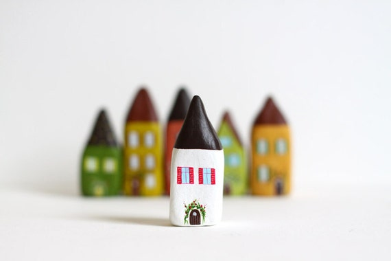 Little Home No 185 - Brown and white with flowers little clay house