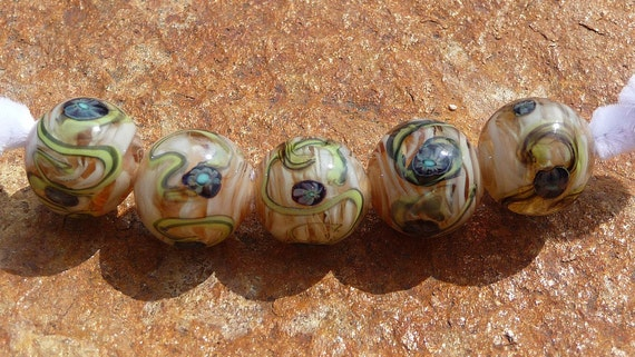 Handmade Lampwork Beads Treasures in the sand   SRA