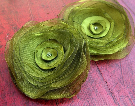 Green organza hair clips x2