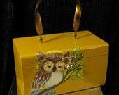 SALE /././. SLEEPY OWL 70s decoupage box purse