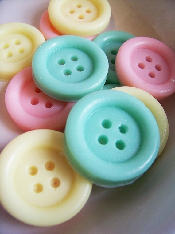 Cute as a Button Soap Set - Clean Cotton Scent, Baby Shower, Wedding Favors, Sewing Soap, Party Favors, Lalaloopsy Party
