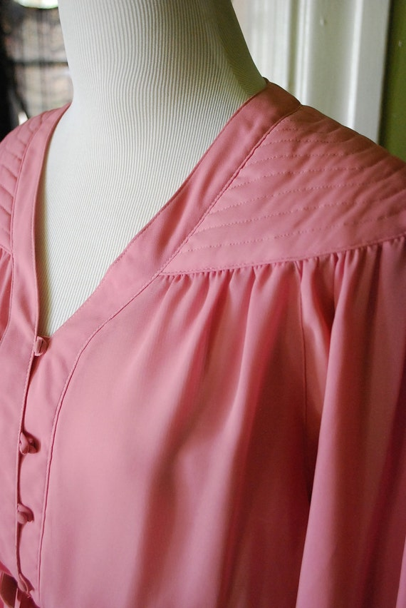 Sweet secretary crush in mauve. size M