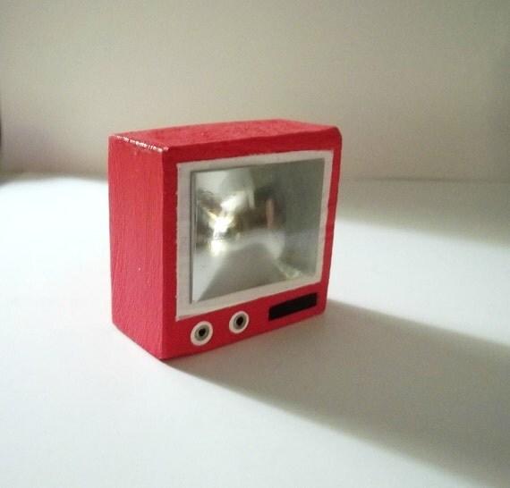 Dollhouse Miniatures Tv: Miniature Dollhouse TV Red By ForLoveofBlocks On Etsy