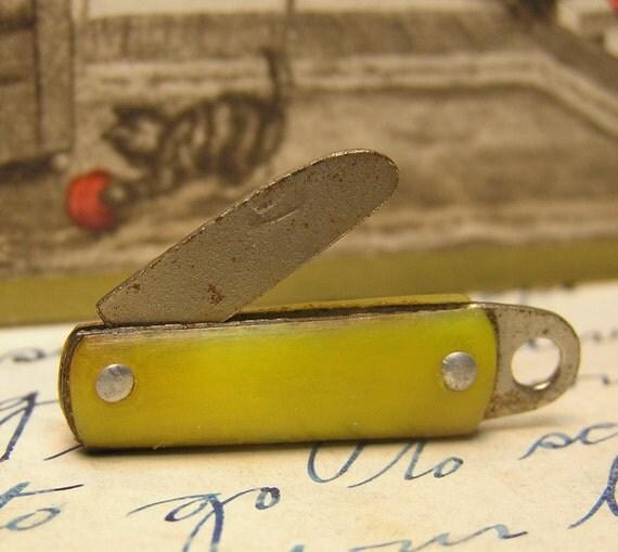 Cracker Jack Pocket Knife